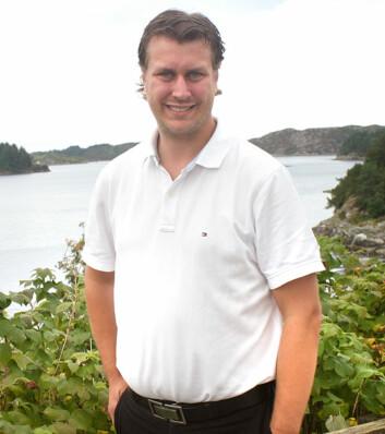 Helge André Njåstad (Frp) håper på fire nye år som ordfører. De siste årene har idylliske Austevoll sør for Bergen vært dominert av høyresiden, med Frp som det klart største partiet. (Foto: Andreas R. Graven)