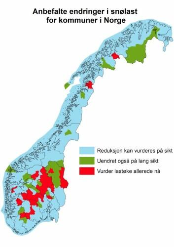 Kartet viser hvor tak på bygninger kan tåle mindre (blått) og bør tåle mer (rødt) snø i framtiden. Det samme kartet gir for øvrig en god indikasjon på hvor du kan regne med dårligere og bedre skiføre i framtida. Klikk på forstørrelsesglasset for å gjøre kartet større. (Foto: (Kart: Meteorologisk institutt))