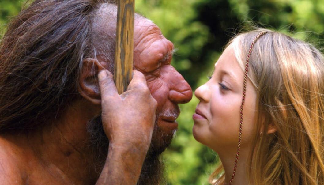 Modell av neandertaler med jente fra Neanderthal Museum. Neanderthal Museum/H. Neumann
