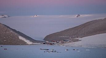 Forskere isolert i Antarktis til november