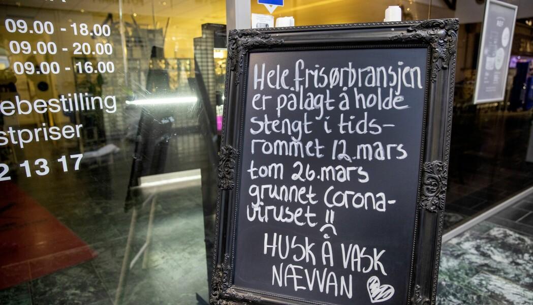 Frisør som er stengt på Lade i Trondheim.