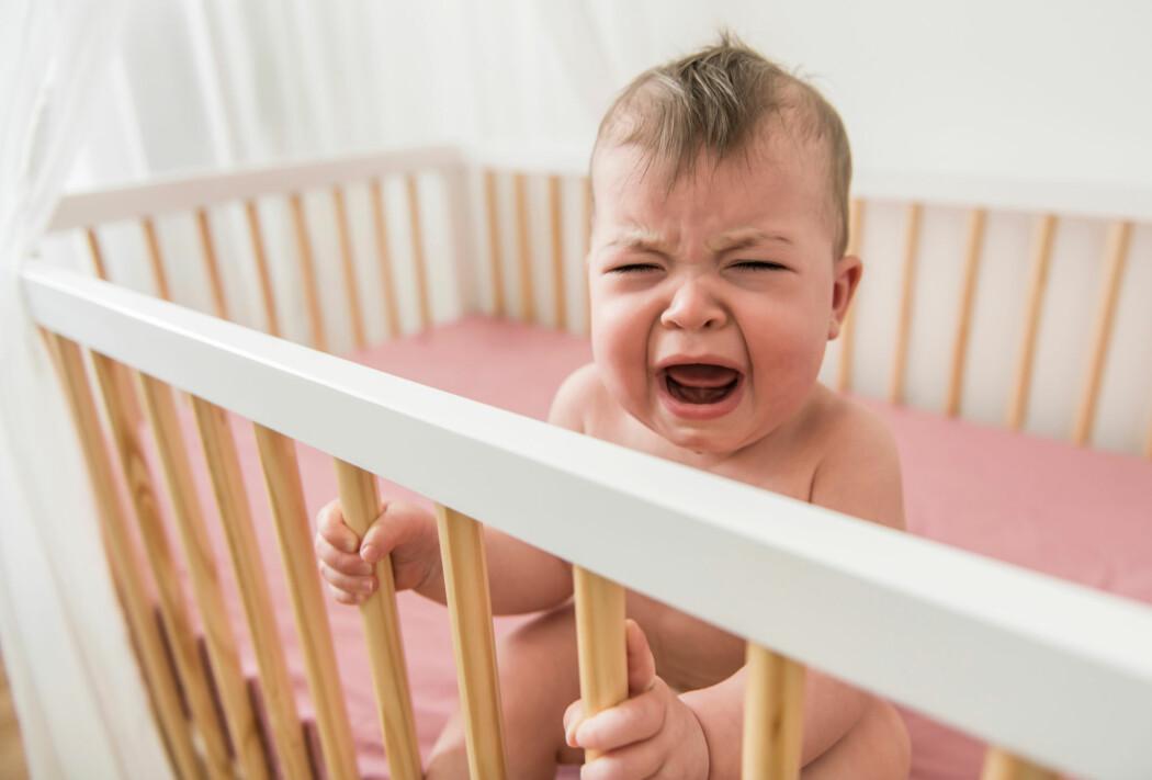 Barn tar ikke skade av å gråte seg i søvn, ifølge ny studie.