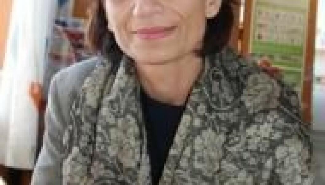"""""""Professor Ziba Mir-Hosseini er rettsantropolog og jobber på University of London. (Foto: Hannah Helseth)"""""""