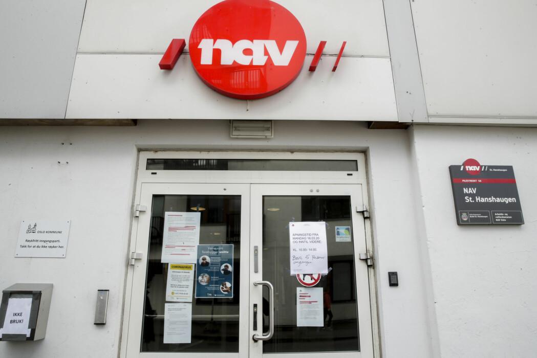 Det er stor pågang for å søke om dagpenger hos Nav. Noen grupper er overrepresentert.