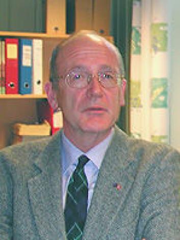 """""""Lorentz Irgens er professor i samfunnsmedisin ved Universitetet i Bergen, og har i mange år jobbet med temaet krybbedød. (Foto: Universitetet i Bergen)"""""""