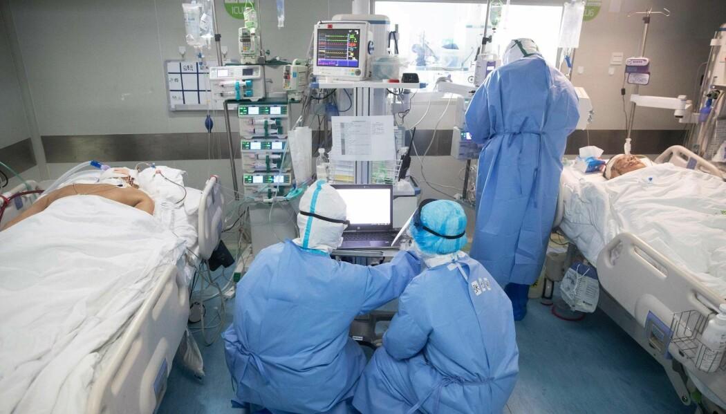 Koronasyke i behandling på et sykehus i Wuhan i Kina.