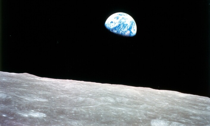 Vår næraste nabo i rommet er danna av restane frå jordas tvillingplanet. (Foto: NASA)