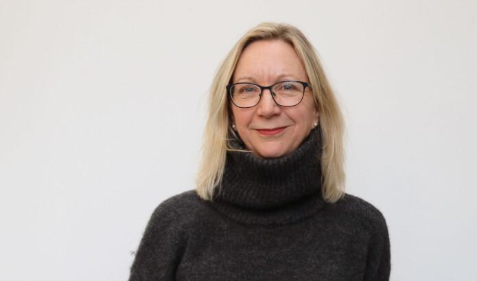 Skandinaver har en tilbøyelighet til å føle skyld for egne privilegier, mener Elisabeth Oxfeldt, som forsker på skandinavisk litteratur.