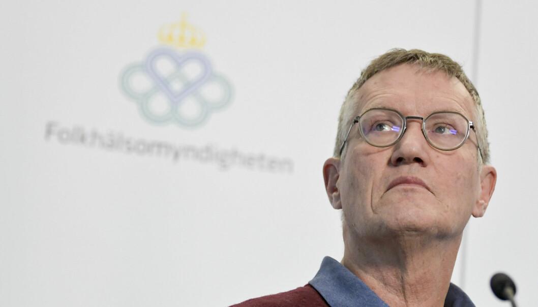Statsepidemiolog Anders Tegnell medgir at Sverige har et etterslep i innrapporterte koronadødsfall, men avviser at helsemyndighetene underslår omfanget av koronapandemien.
