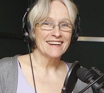 Podcasten ledes av Anne Synnevåg.