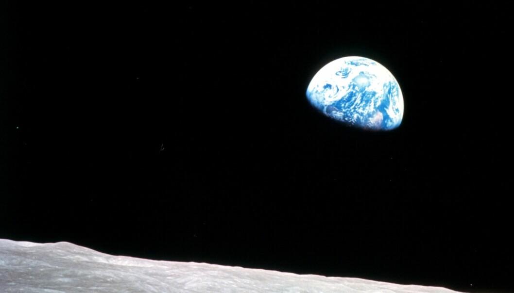 Jorda og månen (Foto: NASA)