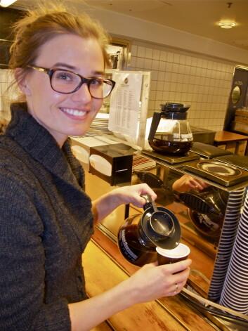 Forskningen til Kristin F. Enga viser at kaffe reduserer blodpropp i bein og lunger. (Foto: Elisabeth Øvreberg)