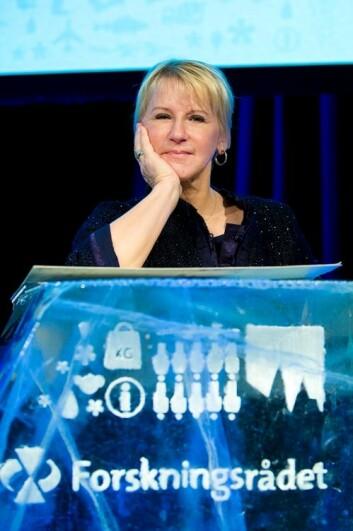 Den populære svenske politikeren Margot Wallström greide å tenne forsamlingen med et engasjert foredrag om det vanskelige forholdet mellom forskning og politikk. Og om hvor utfordrende det er å formidle kunnskapen om en objektiv risiko. (Foto: Thomas Keilman/Forskningsrådet)