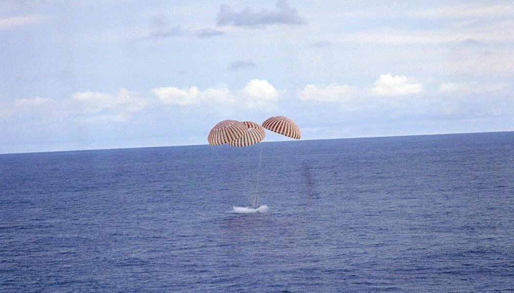 Apollo 13-kapselen lander i Stillehavet, 17. april 1970