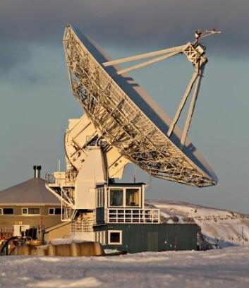 Statens kartverks geodetiske observatorium, Svalbard. (Foto: Bjørn-Owe Holmberg)