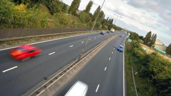 Økt inntekt gir mer bilkjøring. (Foto: iStockphoto)