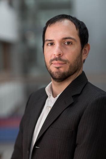 Professor Carlos Velasco