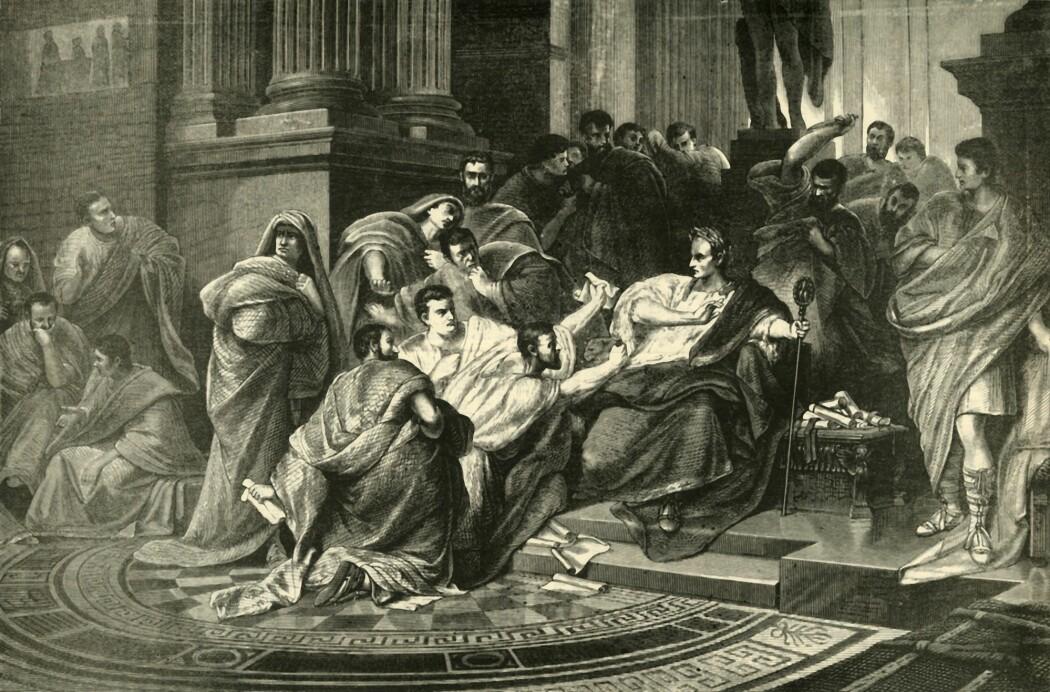 Et av de mest kjente attentatene fant sted før moderne tidsregning. Den 15. mars år 44 før Kristus hadde romerske senatorer lenge fryktet at Julius Caesar skulle avskaffe republikken og gjøre Romerriket til et kongedømme. Da drepte de Caesar.
