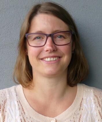 May Linda Magnussen har forsket på integrering av flyktninger i Lindesnes kommune. (Foto: Siw Ellen Jakobsen)