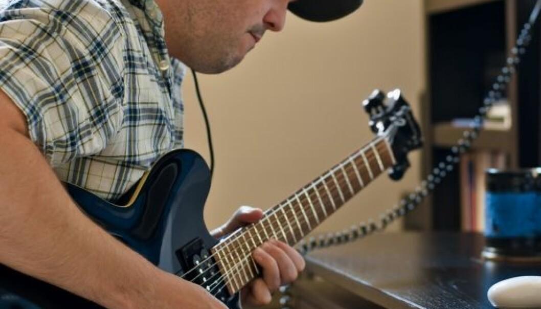 Musikere har alle muligheter til å spille inn og selge musikk hjemmefra, men de følger likevel bransjens logikk om hva det vil si å være en artist. (Illustrasjonsfoto: Istockphoto)