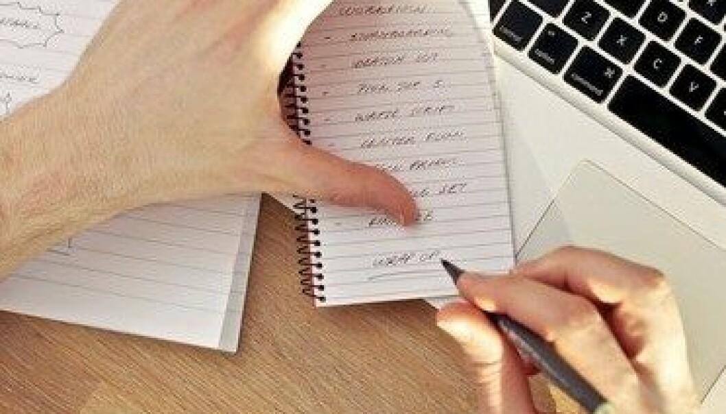 Husker vi bedre når vi tar notater?