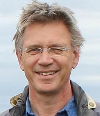 Jan Mulder er professor og forsker ved Fakultet for miljøvitenskap og naturforvaltning hos NMBU. Han er ikke spesielt overrasket over at lukten av geosmin har en funksjon i naturen.