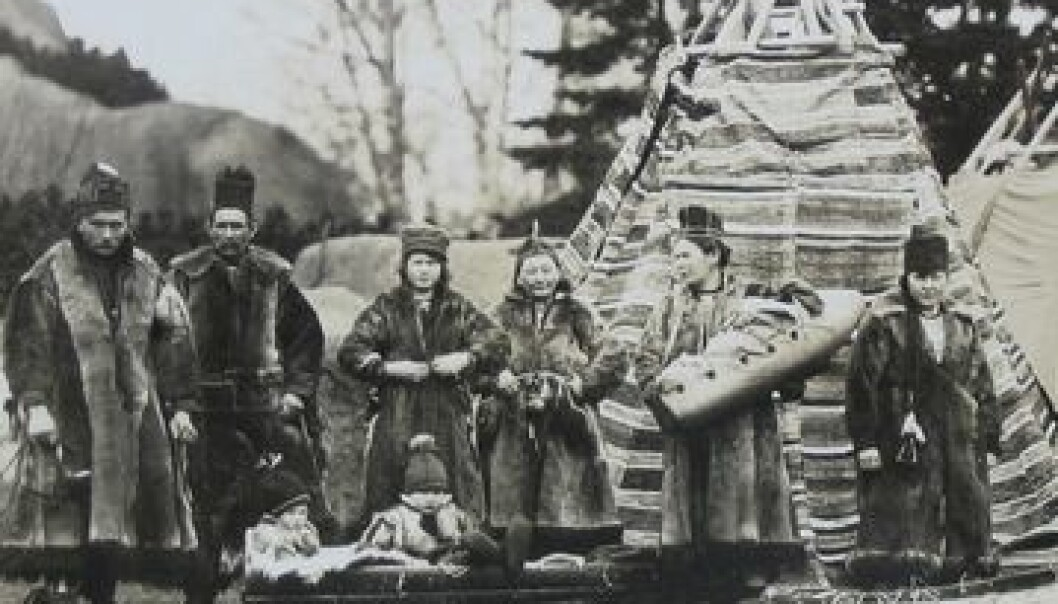 Sørsamar i Hagenbecks Dyrepark 1926, deriblant Mathias Mortensson med familie. (Illustrasjon: Hagenbeck-arkivet, Hamburg)