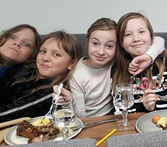 Mer utmark på menyen: Smaksverkstedet for sau 2019 hadde deltakere i alle aldre – her et knippe fra Haldde Montessoriskole i Alta.