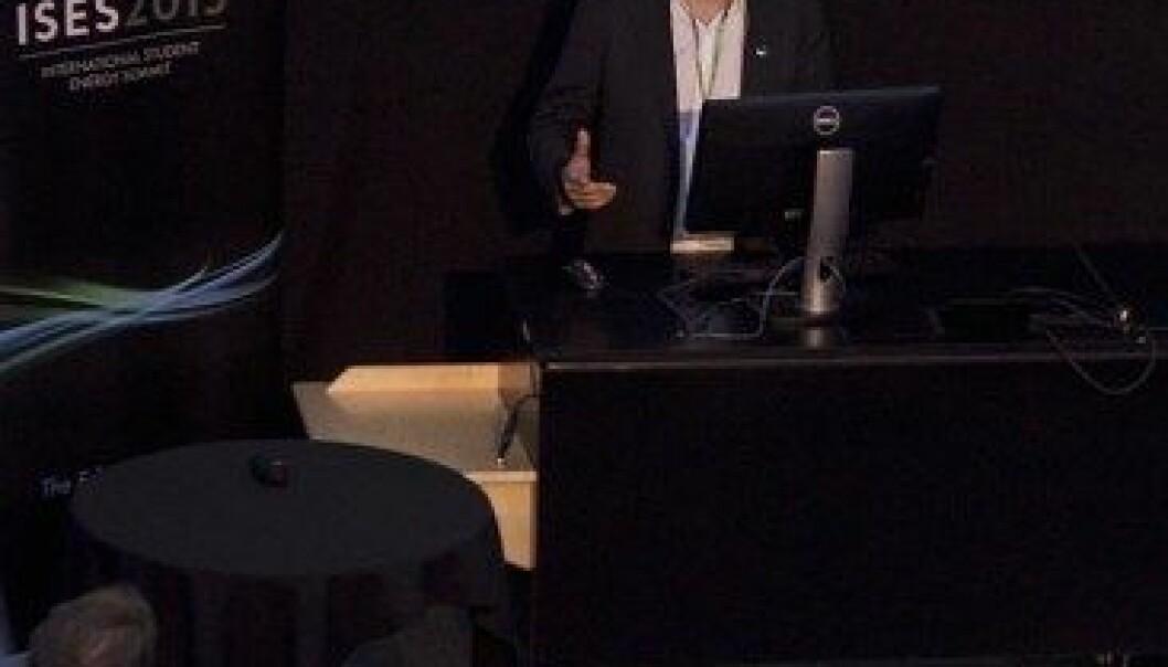 Forskingsdirektør Jan Ove Gjerde i Statnett på studentenergikonferansen ISES 2013. ISES