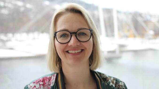– Koronakrisen har gitt oss alle mulige bevis for hvor viktig yrker som sykepleier er for samfunnet, sier Pia Cecilie Bing-Jonsson ved Universitetet i Sørøst-Norge.