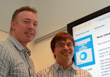 Forskere ved SINTEF IKT, Tore Dybå (t.v.)  og Torgeir Dingsøyr. (Foto: Sintef)