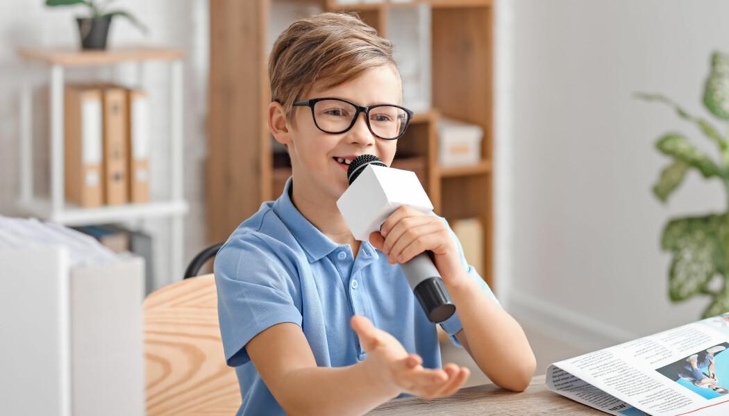 Dersom elevene får i oppgave å lage podkast, blir de produsenter av faglig innhold.