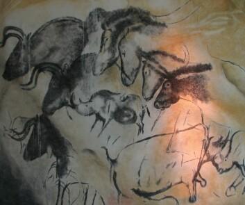 En masse forskjellige dyr, eller noen få dyr i bevegelse bortover veggen? Arkeologen Marc Azéma argumenterer for det siste i en ny animasjonsvideo. (Foto: HTO/Wikimedia Creative Commons)