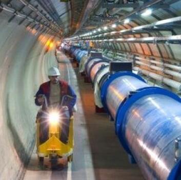 """""""Både de som jobber ved CERN, og verdens befolkning forøvrig, kan bli beroliget av den reviderte sikkerhetsrapporten. CERN lover at de ikke eksperimenterer med jordens framtid. (Foto: CERN)"""""""