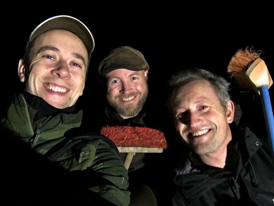 Magnus Tangen, Tormod Fjeld og Lars Ole Klavestad har de siste 3-4 årene funnet flere hundre tidligere ukjente helleristninger.