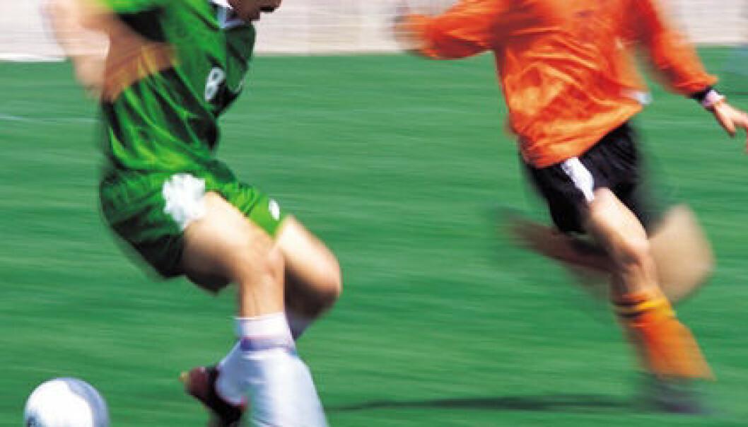 """""""Paul Moxnes måtte som gutt spille fotball selv om han ikke hadde lyst. Det var for ham en overflaterolle."""""""