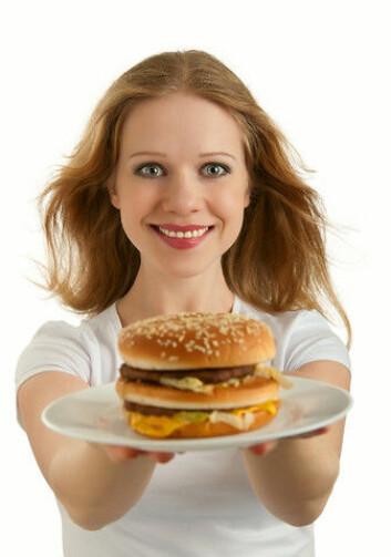 Skann en kode og få poeng til en gratis burger. McDonald's-kampanjen har lånt tydelige elementer fra spillverdenen. (Foto: Colourbox)