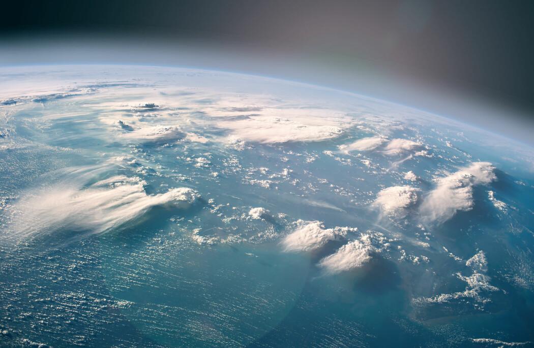 Teorien bak en klimateknologi som kalles klimafiksing er at om vi sprøyter tonn med støv opp i luften, kan vi styre klodens temperatur.