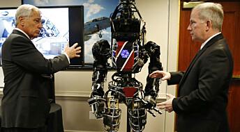 USAs forsvarsminister møtte redningsrobot