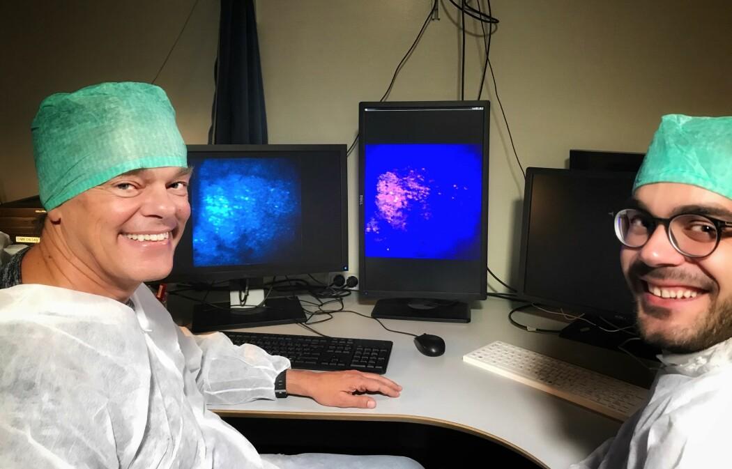 Edvard Moser og Flavio Donato på laboratoriet: nå skal de bringe forskningsresultatene nærmere pasienter.