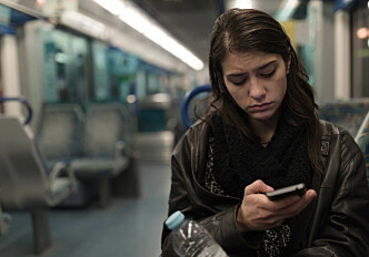 Do you use apps or social media when you are sick?