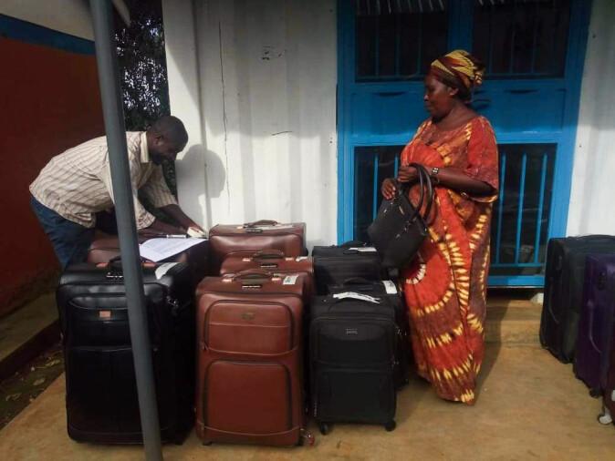 Rebecca før avreise til Norge, i Ugandas hovedstad Kampele.