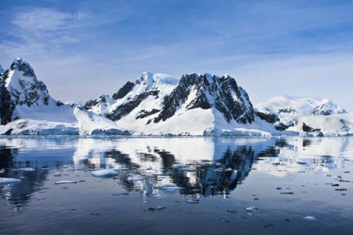 Mye snø og is på Sørpolen. (Foto: Colourbox)