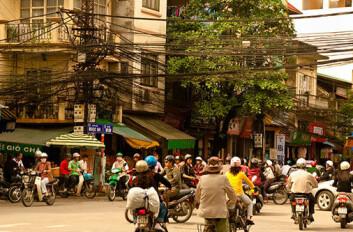 Morgentrafikk i Hanoi. (Foto: Flickr/hijukal)