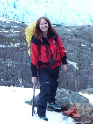 Miriam Jackson jobber med å med å undersøke jøkulhlaup. (Foto: Miriam Jackson)