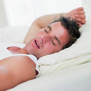 Slik ender mange hete stunder på soverommet. Den oppstemte seansen blir ofte avløst av snorkelyder så snart orgasmen har innfunnet seg. Det kan skyldes et snedig evolusjonært trekk fra naturens side. (Foto: Colourbox)
