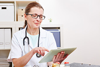 Healthcare workers should use social media more to share health information