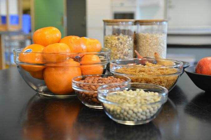 Matvarekunnskap: Ernæringsforskere sier vi ikke har behov for verken proteinpulver eller barer for å få en sterk og sunn kropp, men at vanlig mat med melk, brød og variert pålegg er like bra.