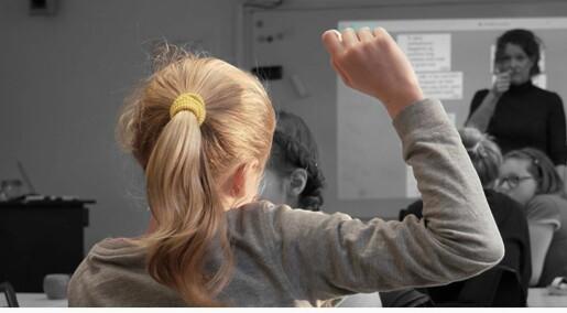 Teksting i klasserommet gjør at flere elever deltar i samtalen