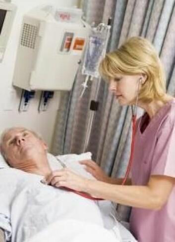 Overarbeidede sykepleiere gir flere dødsfall, viser ny forskning. (Foto: Colourbox)